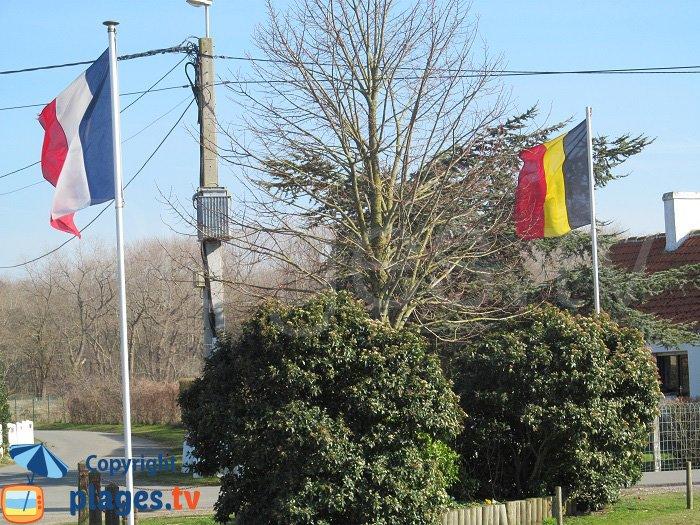 Frontière franco belge sur le sentier de la dune de Ghyvelde