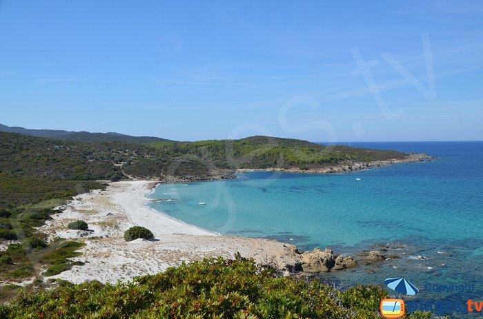 Plage de Ghignu en Corse