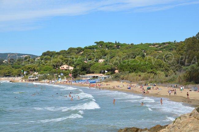 Public beach in La Croix Valmer - Gigaro