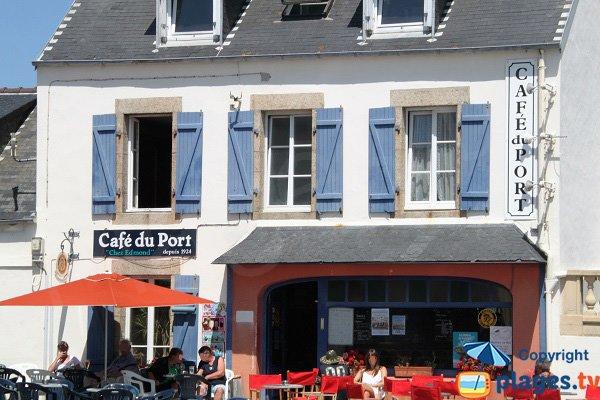 Café à proximité de la Grande Plage de Brignogan