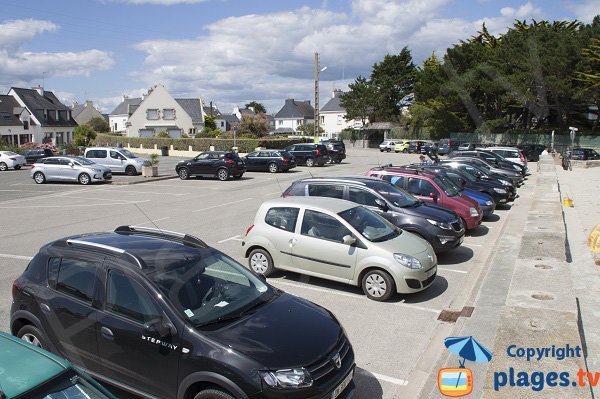 Parking of main beach of Gavres
