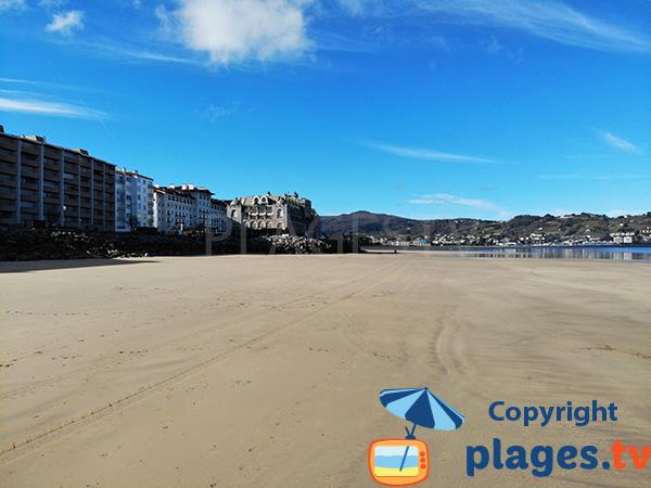 Plage de sable fin à Hendaye