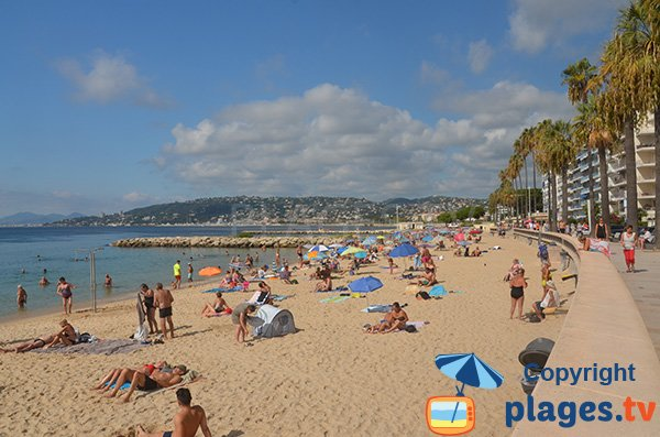 Photo de la Grande plage de Juan les Pins