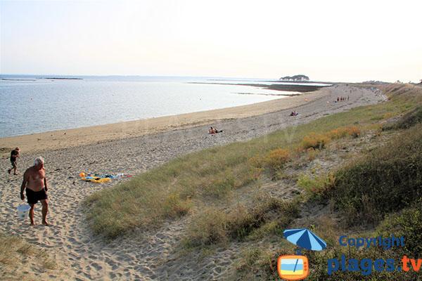 Jolie plage de sable fin
