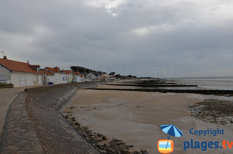 Grande plage à Moutiers en Retz à proximité de Nantes