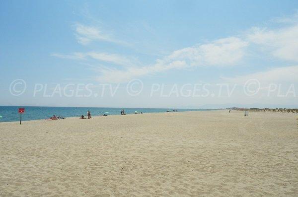 Grande plage port barcar s 66 pyr n es orientales languedoc roussillon - Office du tourisme le barcares ...