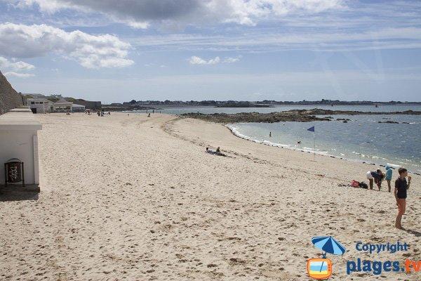 Photo de la grande plage de Port Louis