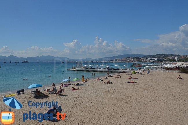 Plage de la Croisette à Cannes - zone publique
