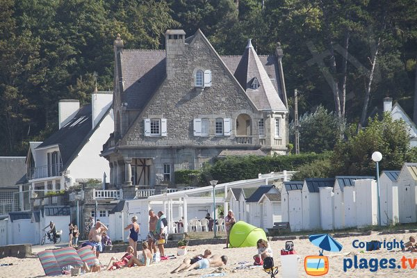 Bathing huts on the Great Beach of St Cast Guildo