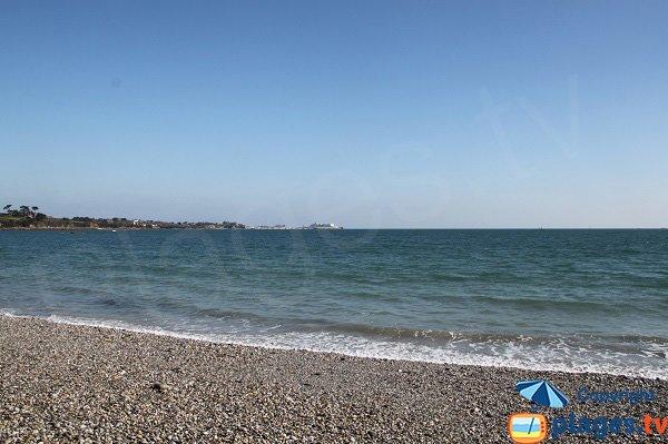 Ferries depuis la plage du Man de Saint Pol de Léon