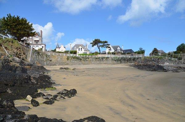 Grève Noire beach in Saint Quay Portrieux