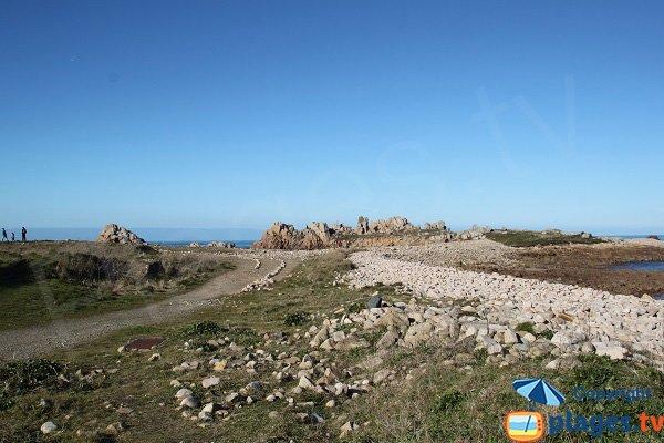 Sentiers autour du port du Diben