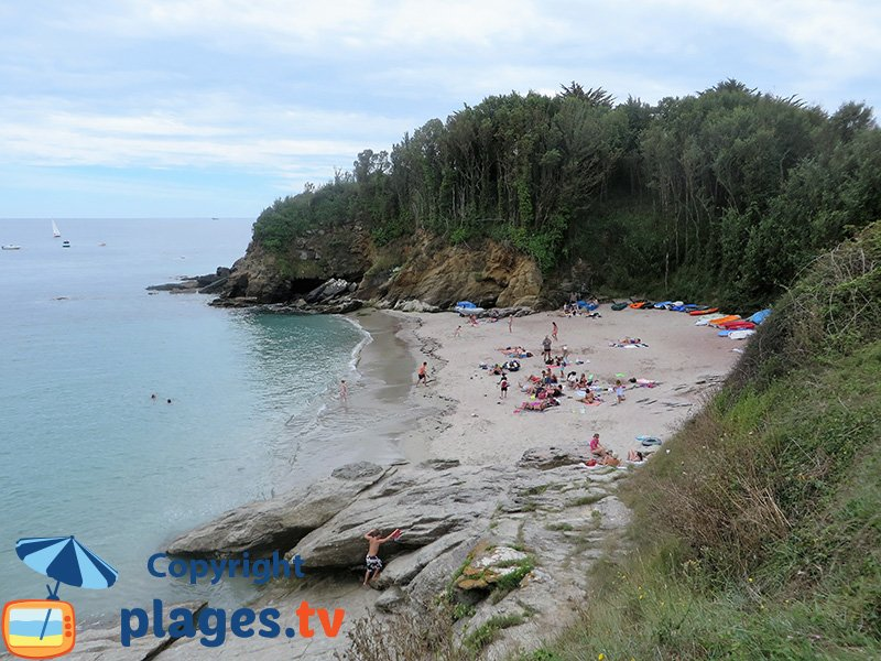 Groix : la belle plage des Sables Rouges
