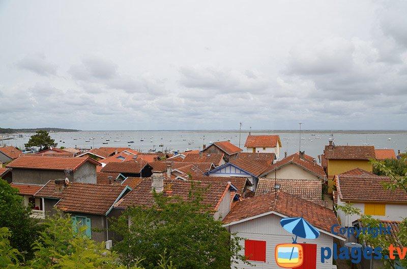 Le village d'Herbe en bord de bassin d'Arcachon