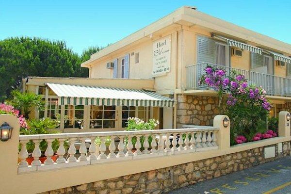 Hotel Miramar au cap d'Antibes à côté de la plage