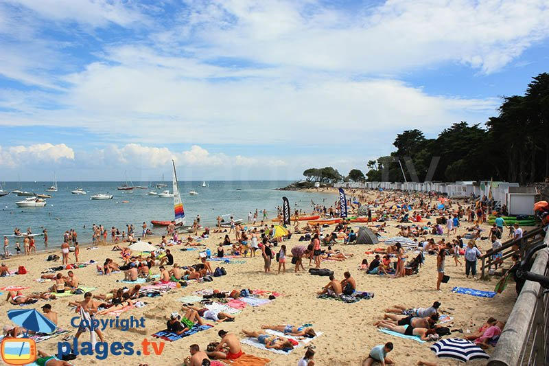 Ile de Noirmoutier avec ses cabines de Bains sur la plage des Dames