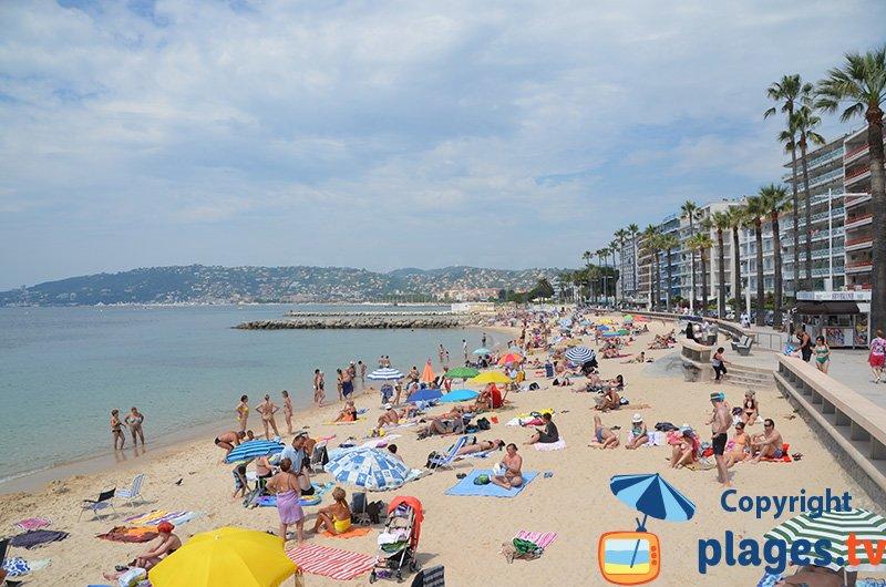 Juan les Pins et sa plage publique