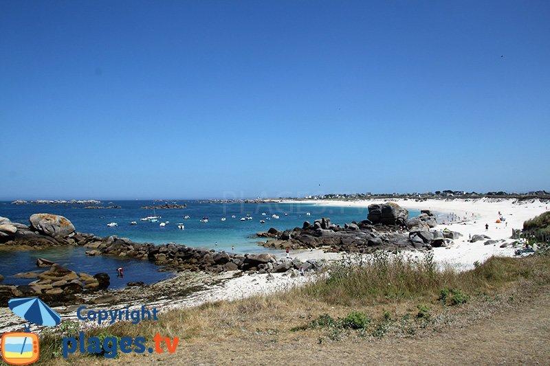 Belle plage de la Côte de Légende en Bretagne