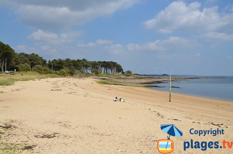 Plage de St Philibert en Bretagne à proximité du golfe du Morbihan