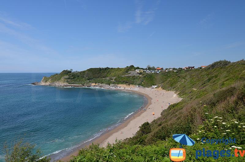 Lafitenia à Saint Jean de Luz - la plage la plus sauvage autour de Biarritz