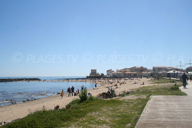 Beach in the Mole district in Cap d'Agde