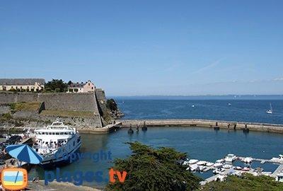 Port et la citadelle du Palais à Belle Ile en Mer