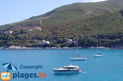 Littoral de Cagnano dans le Cap Corse