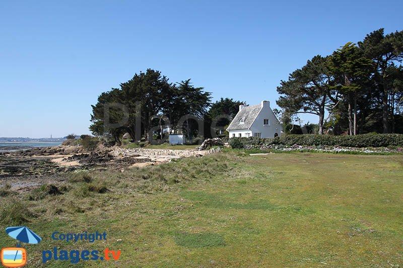 Maison isolée à côté de la plage de l'Hopital de l'ile de Callot