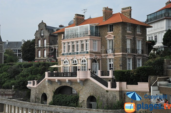 A house on the seafront in Dinard in France