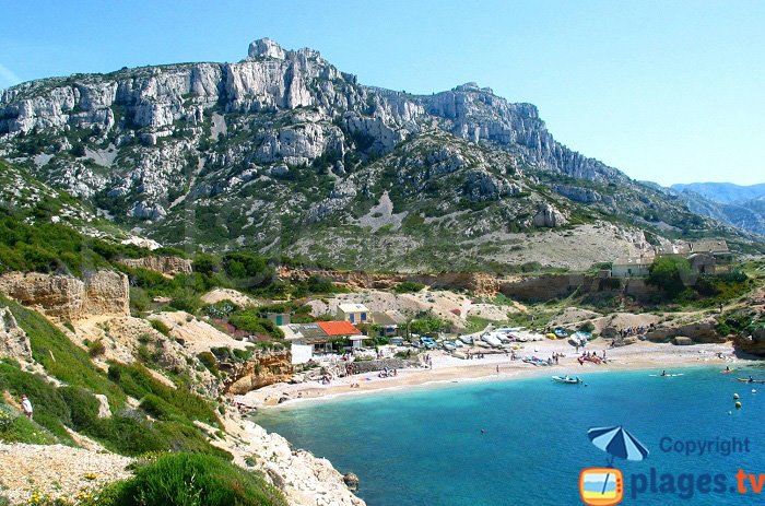 Calanque de Marseilleveyre avec sa plage