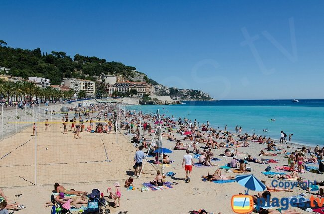 Sable sur la plage de Nice