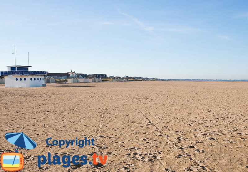 Ouistreham and its beach