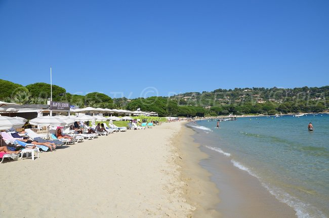 The famous Pampelonne beach and its private beaches