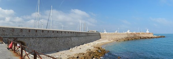 Port beach in Antibes