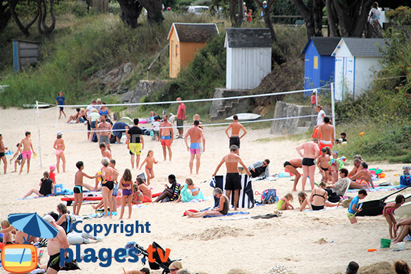 Beach volley sur la plage de Kervoyal - Damgan
