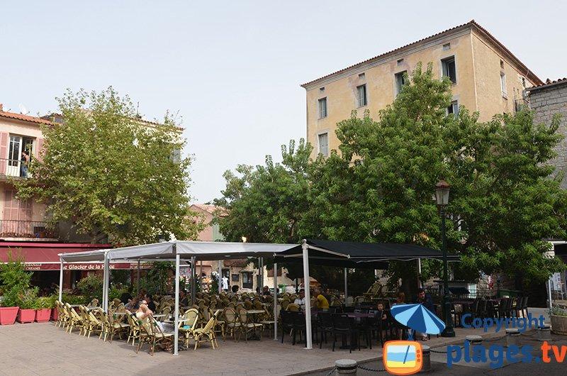 Place dans la vieille ville de Porto-Vecchio