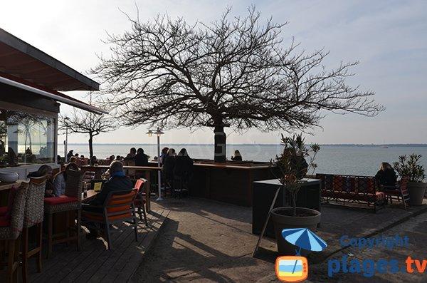 Restaurant on the beach of Les Abatilles - Arcachon