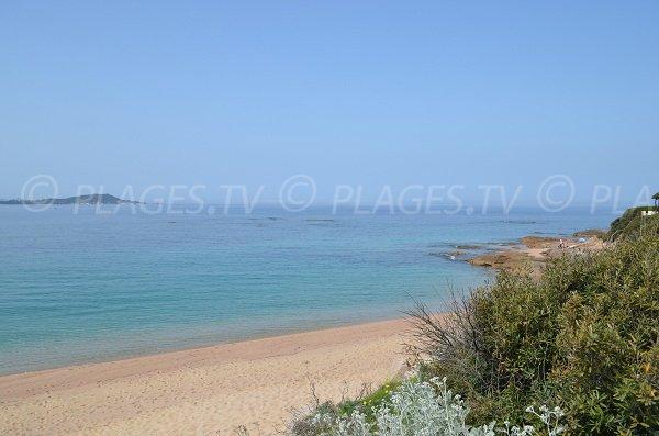 parte nord della spiaggia di Agosta in Corsica