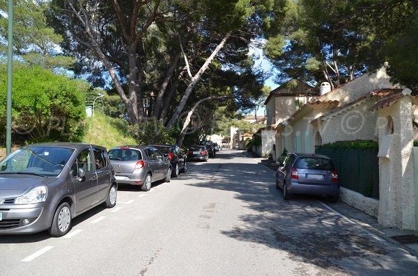 Parking de la plage d'Aiguebelle au Lavandou