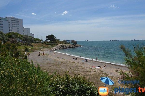 Plage de sable à Port le Bouc dans les Bouches du Rhône