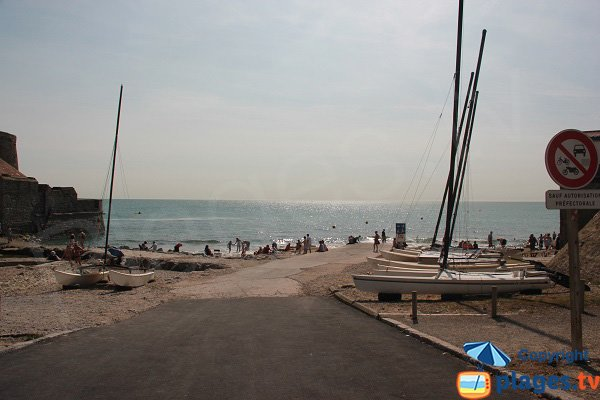 Access to Ambleteuse beach