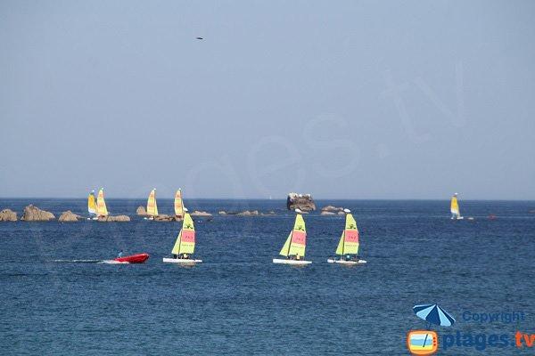 Sport nautique sur la plage de Cléder - Les Amiets