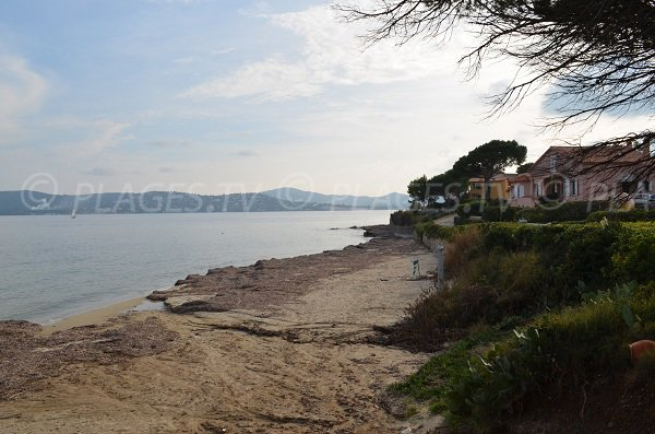 Beach in Vieux Moulin bay - Port-Grimaud - France