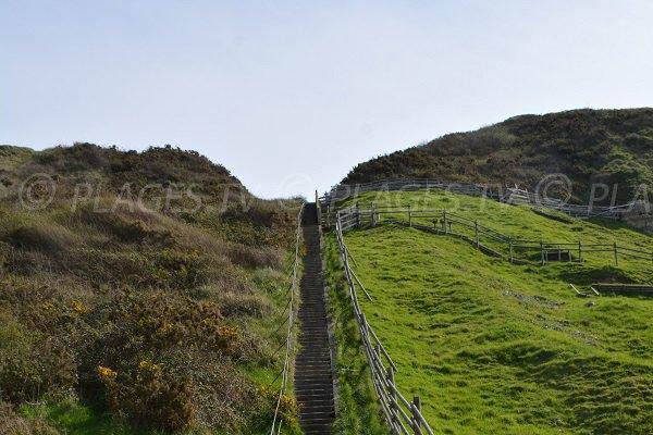 Escaliers pour la plage d'Octeville sur Mer