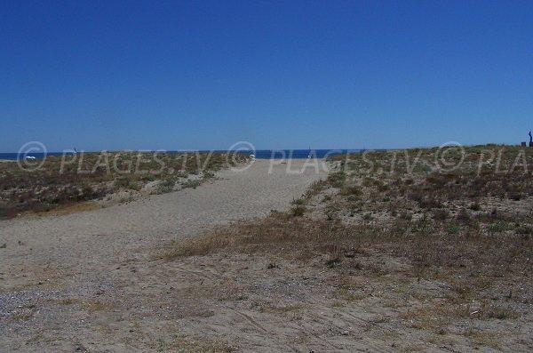 Accès à la plage d'Aqualand - Port Leucate