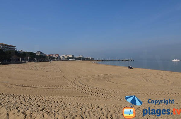 Grande Plage of Arcachon in the city center