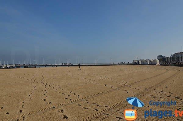 Jetée Thiers vue depuis la plage