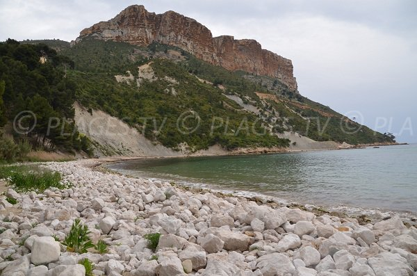 Galets sur la plage de l'Arène à Cassis