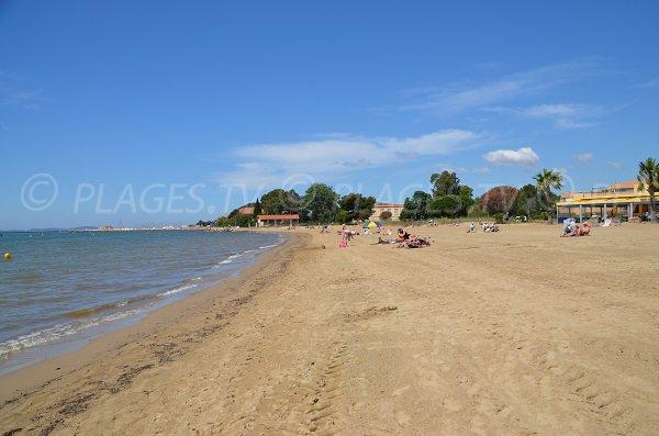 Plages privées sur la plage de l'Argentière à La Londe