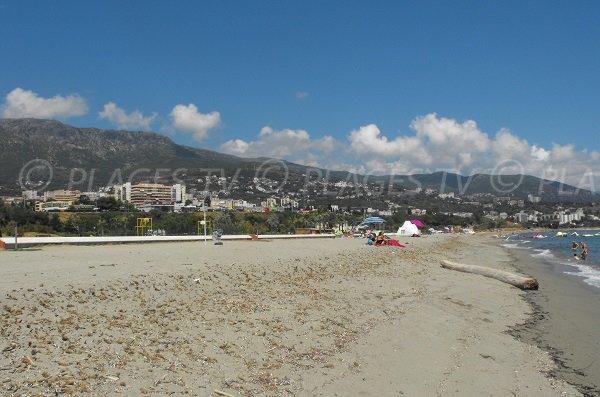 Spiaggia selvaggia intorno alla Arinella Bastia